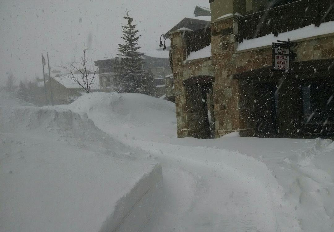 Picture of Ski 'N See Deer Valley Ski Shop During A Storm