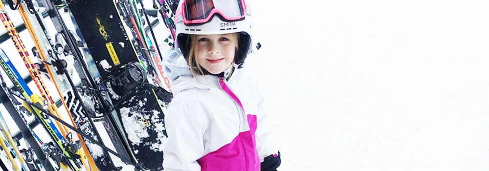 5 tips to fun, affordable skiing with your family